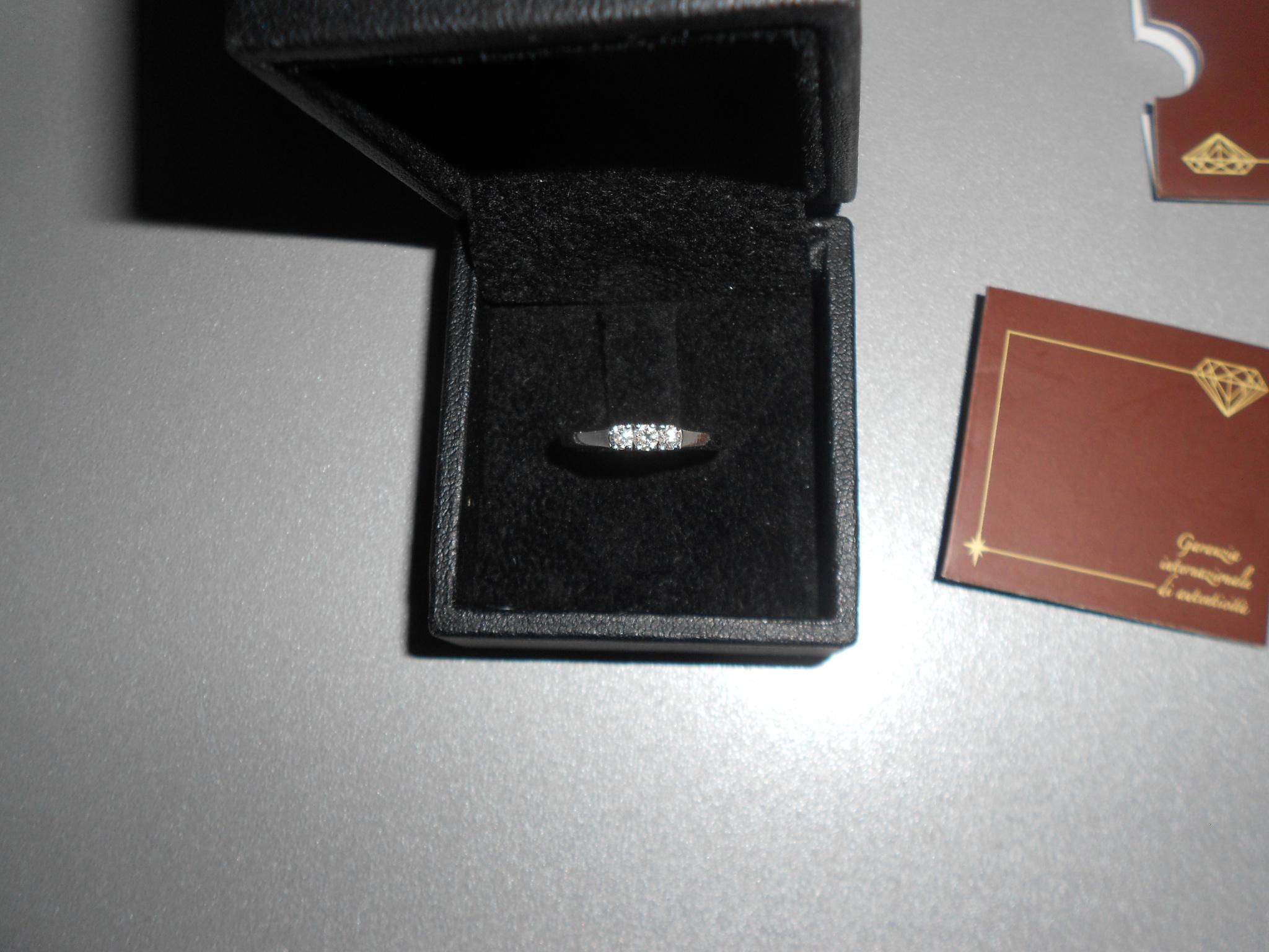 anello trilogy oro bianc