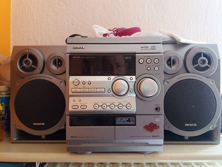 stereo aiwa