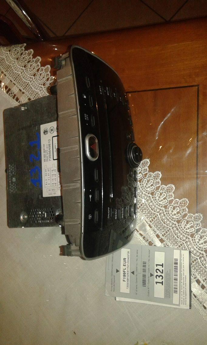 Autoradio radio cd mp3