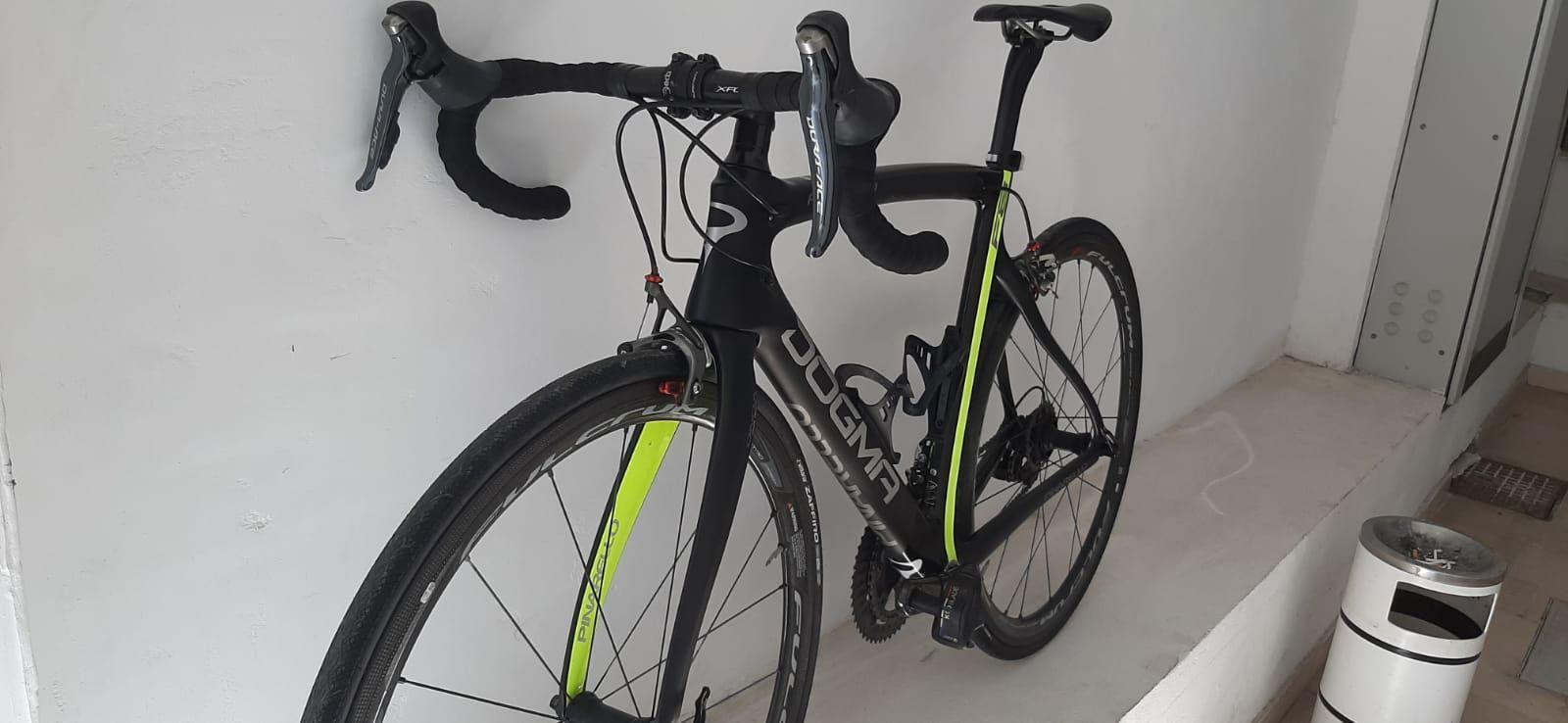 Bicicletta corsa pinarello