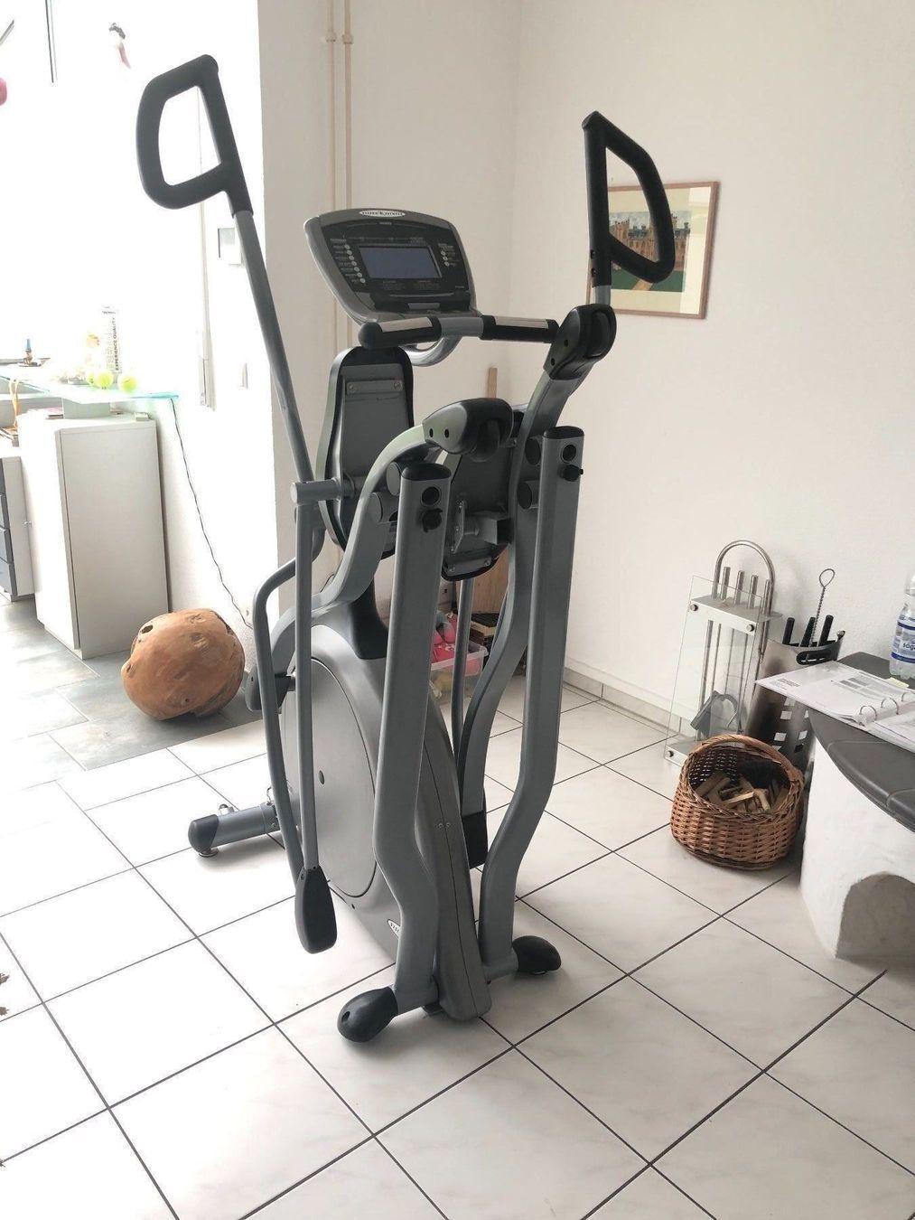 Cross trainer salvaspazio Marchio: Fitness Vision