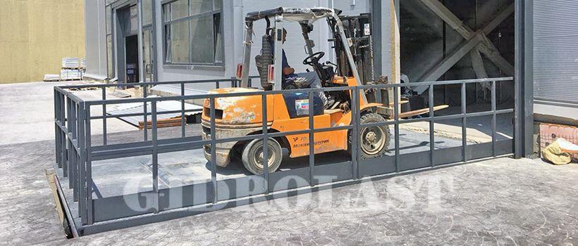 Piattaforma elevatrice idraulica per merci da Gidr
