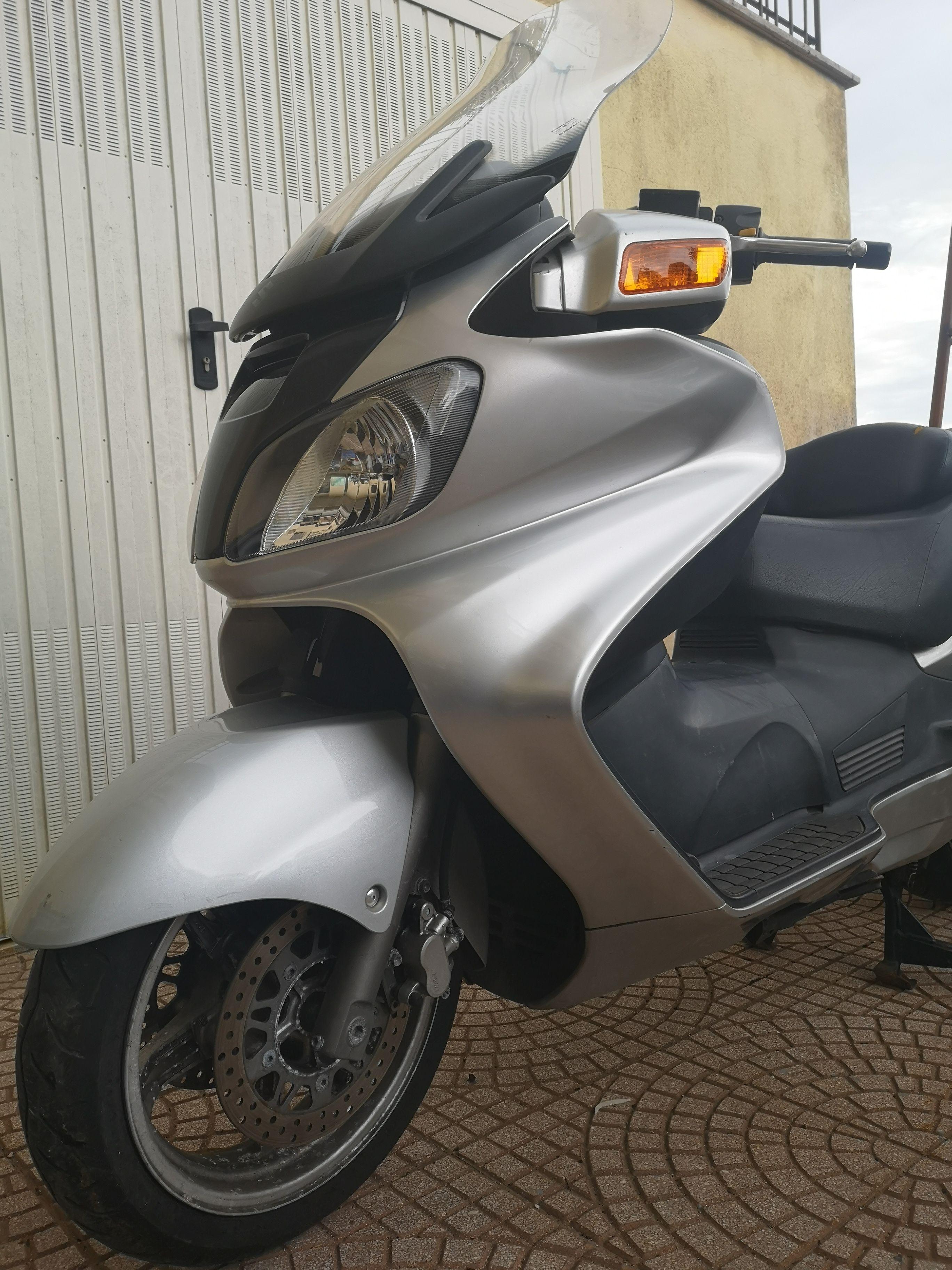 Suzuki Burgman 650 - km 36.000